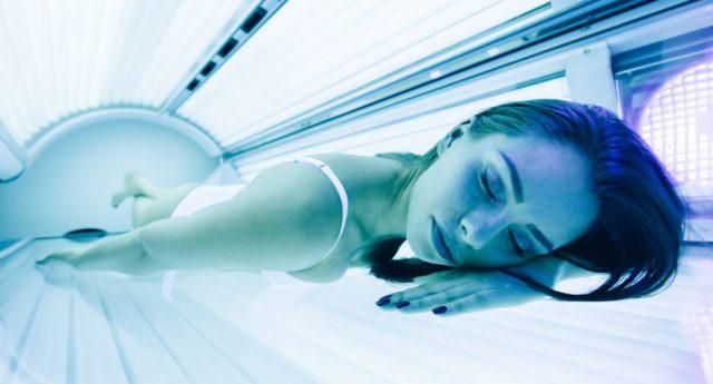 Nuove accuse per i lettini solari – L'Oms: boom di tumori della pelle…!!!