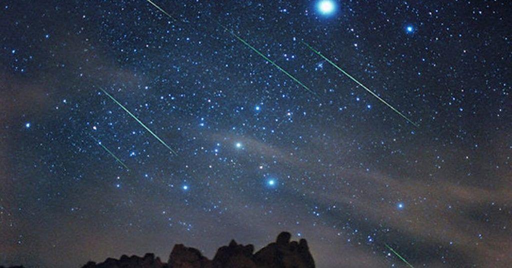 """…E domani sera tutti con il naso all'insù: arrivano le """"Orionidi"""" il più grande spettacolo di stelle cadenti dell'anno."""