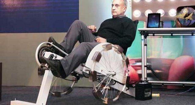 Un'invenzione fantastica – Ecco la bici che produce energia elettrica per la tua casa: un'ora di pedalata ti consente di avere 24 ore di corrente gratis! Fa bene al fisico e fa bene alla tasca!