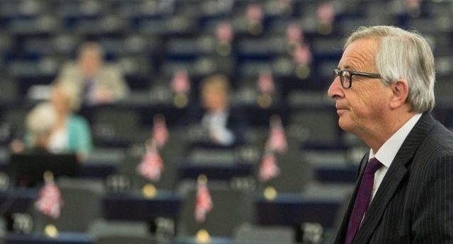 Glifosato, la presa per i fondelli della Commissione Ue ai cittadini europei