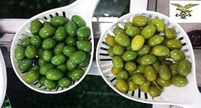 …Come sono belle e verdi le olive colorate col solfato di rame. Peccato che poi Ti viene il cancro.