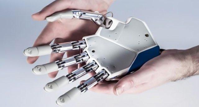 Salute – Un fantastico successo la prima mano bionica tutta made in Italy. L'intervento eseguito al Policlinico Gemelli su tecnologia dell'Università di Pisa.