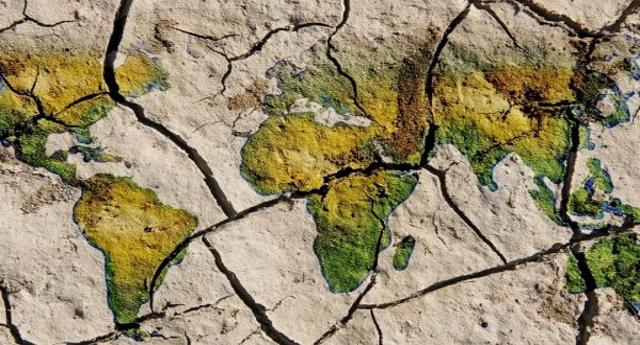 Sempre più grave il disastro ambientale della petroliera iraniana… Perché nessuno ne parla?
