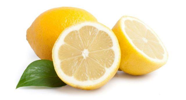 La Natura ci ha fatto un dono: il limone. Abusane pure!