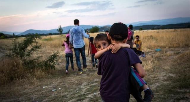 Migranti – Come la polizia francese maltratta vigliaccamente, abusa e respinge in Italia con procedure illegali i bambini non accompagnati – Ma vomitevole e immondo questi farabutti lo dicono a noi!